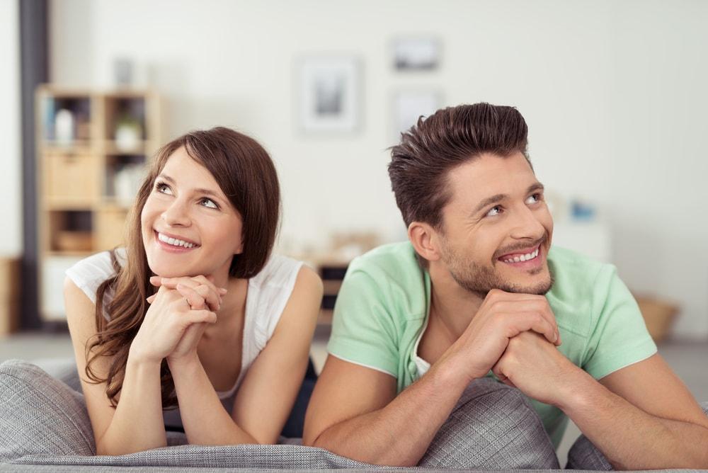 同棲を想像するカップル
