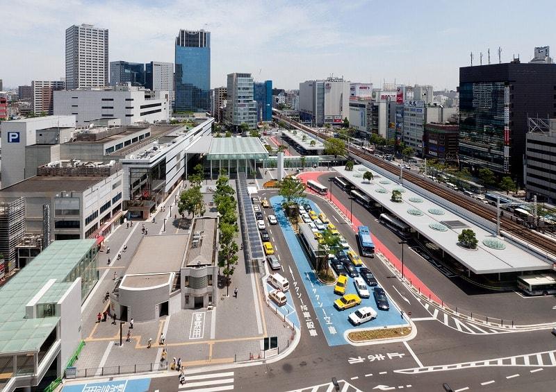 川崎駅東口の様子