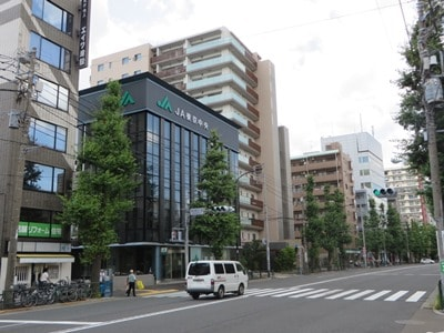 成田東5丁目交差点