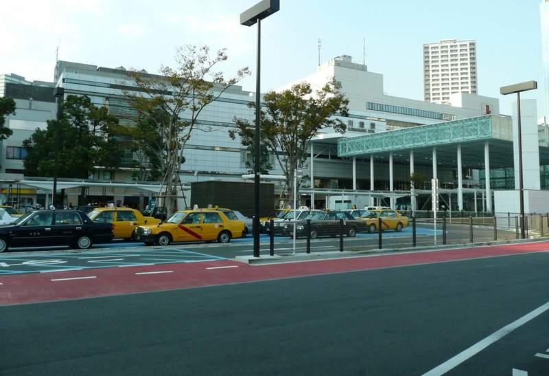 川崎駅のロータリー