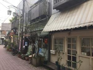 北口側のカフェ
