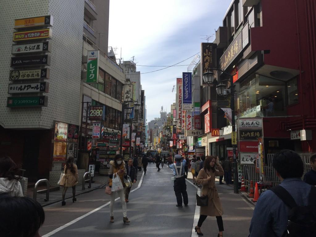 吉祥寺の大通り