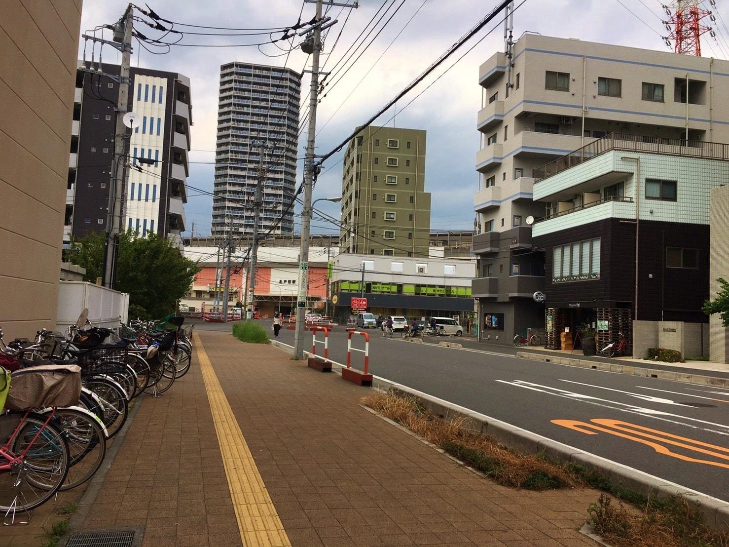 駅前の住宅街