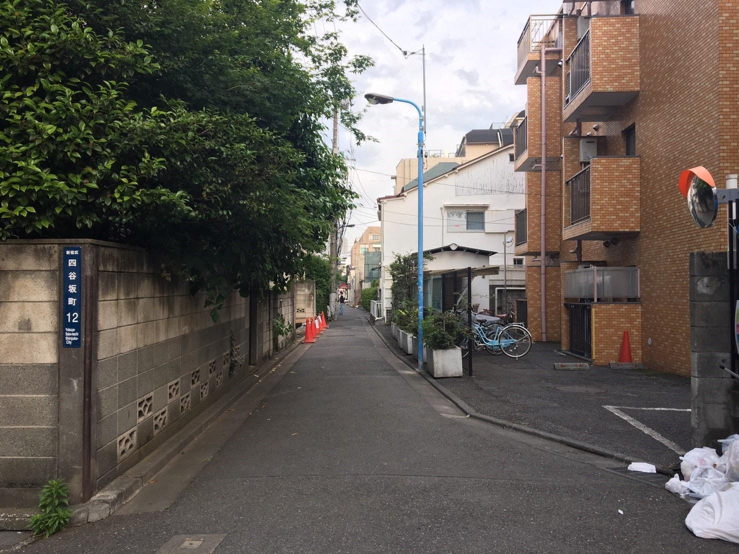 裏路地の住宅街
