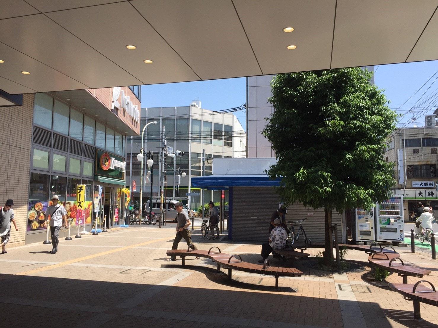 永福町駅北口の広場