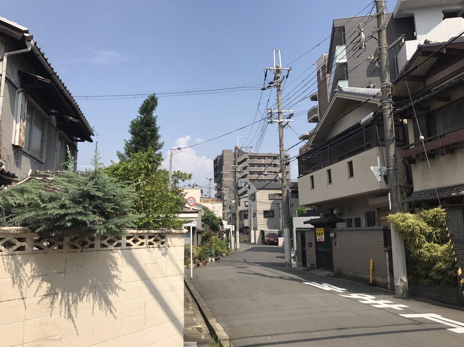 野江内代駅周辺の住宅街