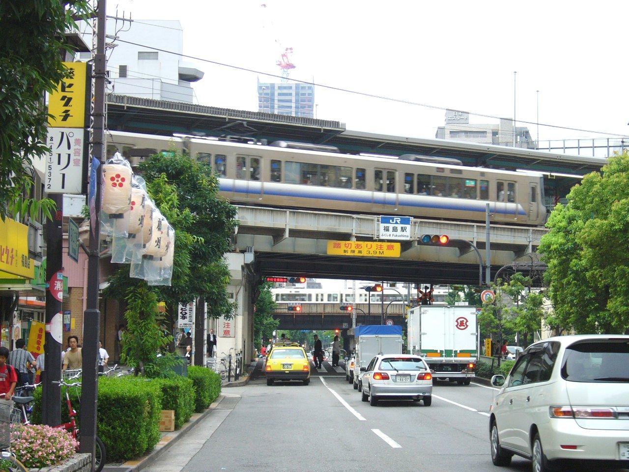 福島駅周辺の風景