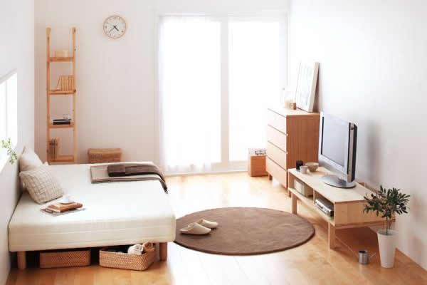 ベッド下を活用している部屋