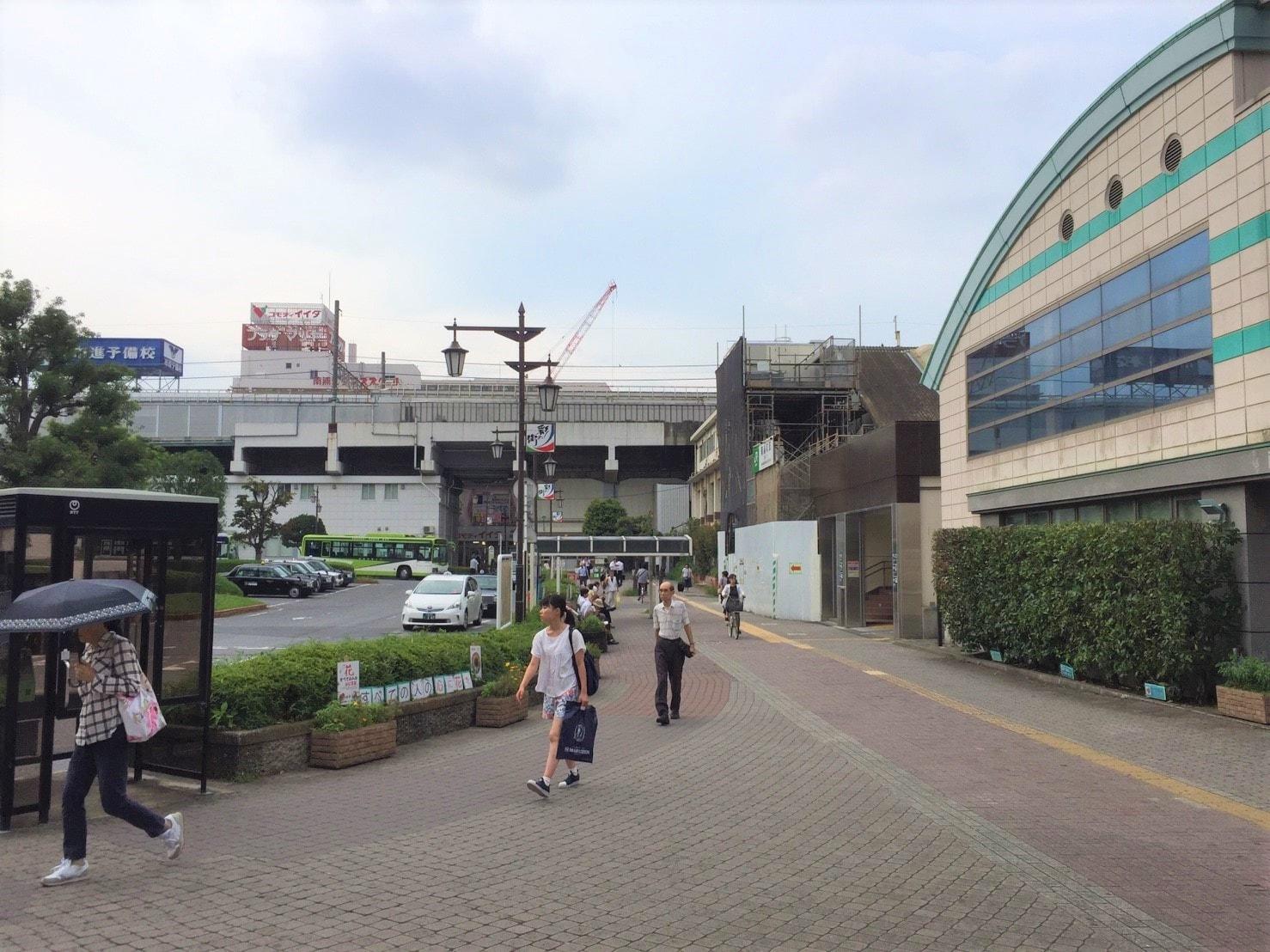 南浦和駅西口周辺の様子