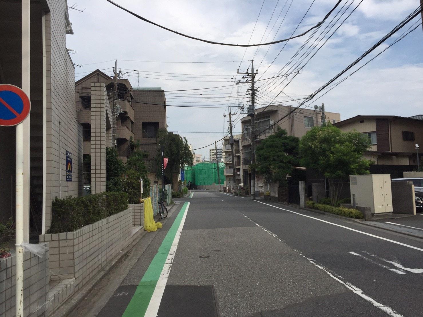 南浦和駅周辺の住宅街の様子