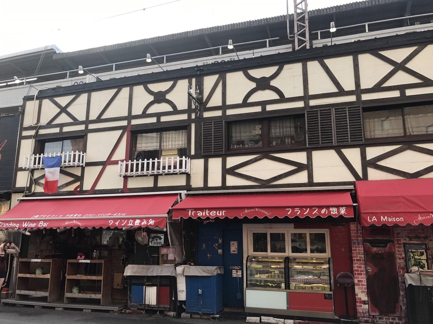 フランス料理やワインのお店