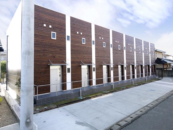 木造アパート-min