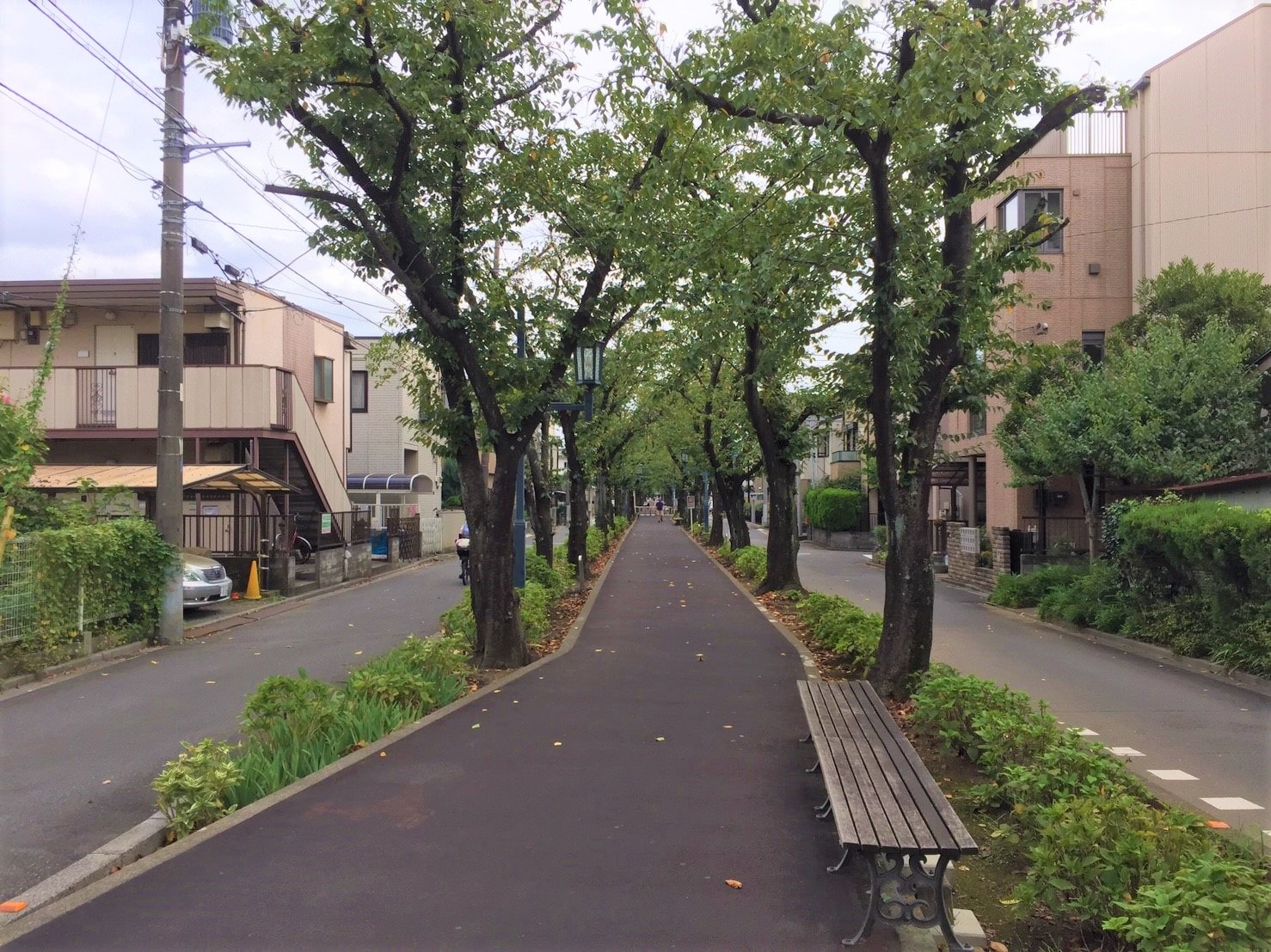 住宅街の雰囲気