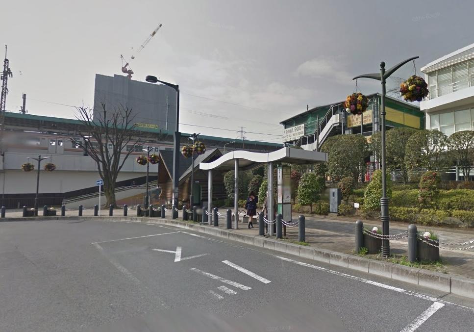 駅前の風景