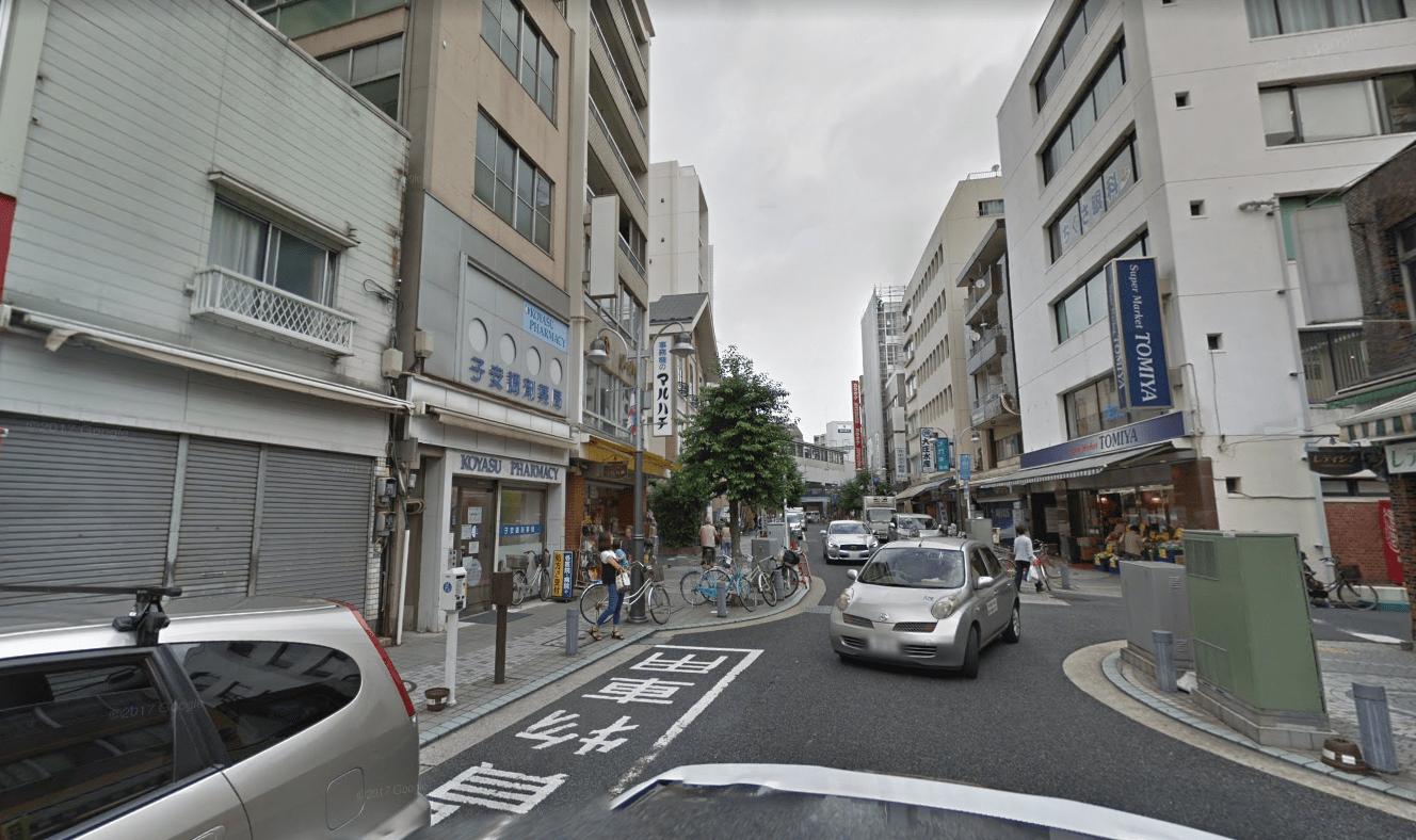 鶴見銀座商店街の様子