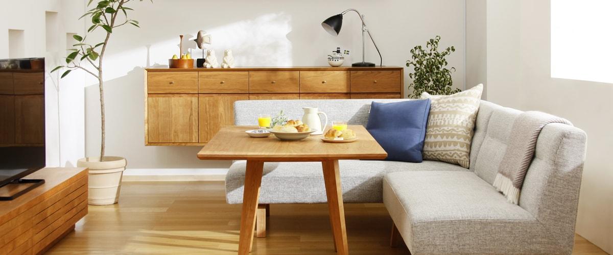 大きめのソファとローテーブルを置いたレイアウト例