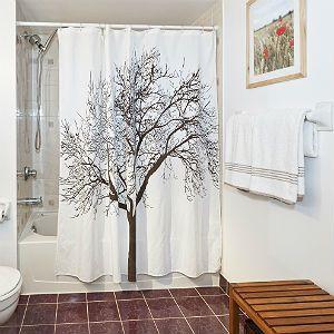 柄付きのシャワーカーテン