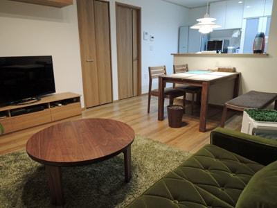 背の低い家具で統一しているお部屋
