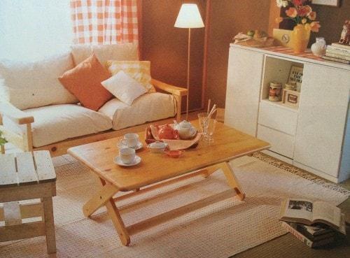 白い家具で女性らしいお部屋にアレンジ