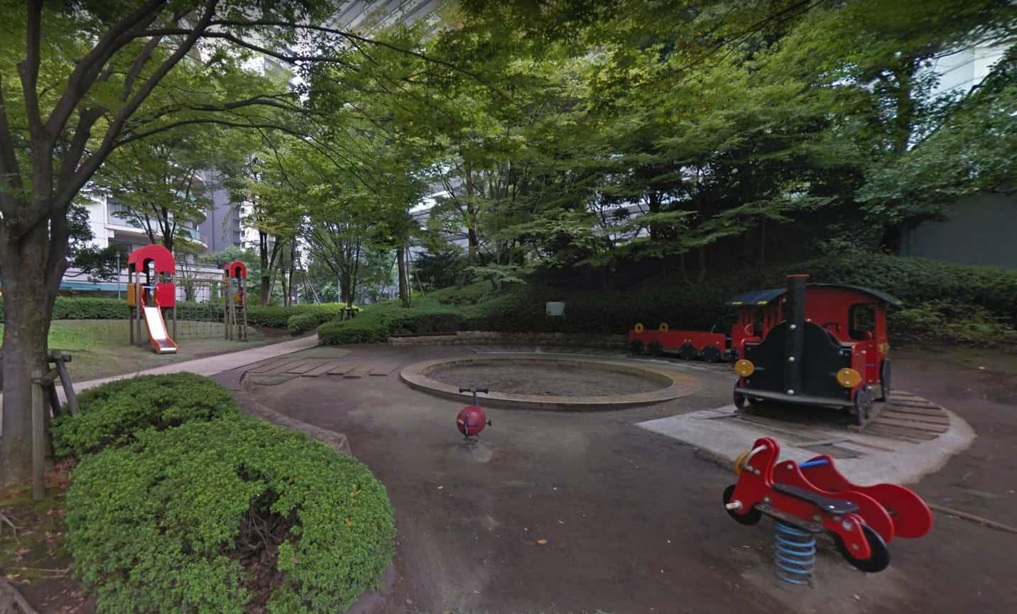 大崎駅から少し離れた公園