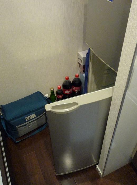 冷蔵庫の中を見る余裕が無い配置例