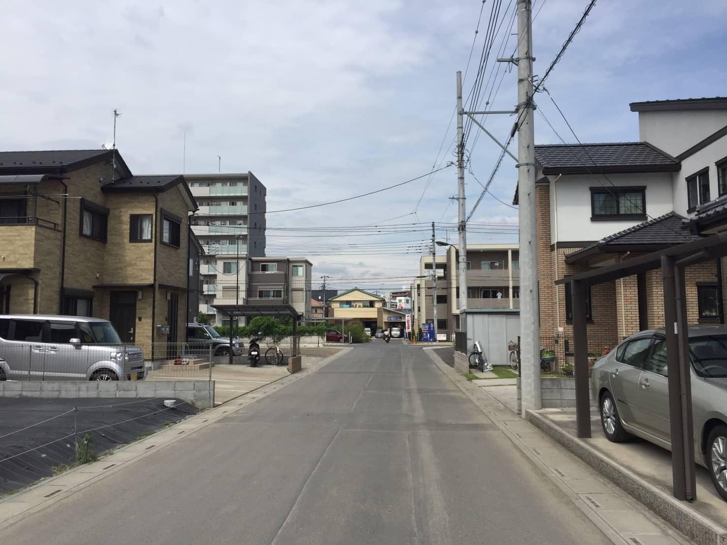 戸建てが多い街並み