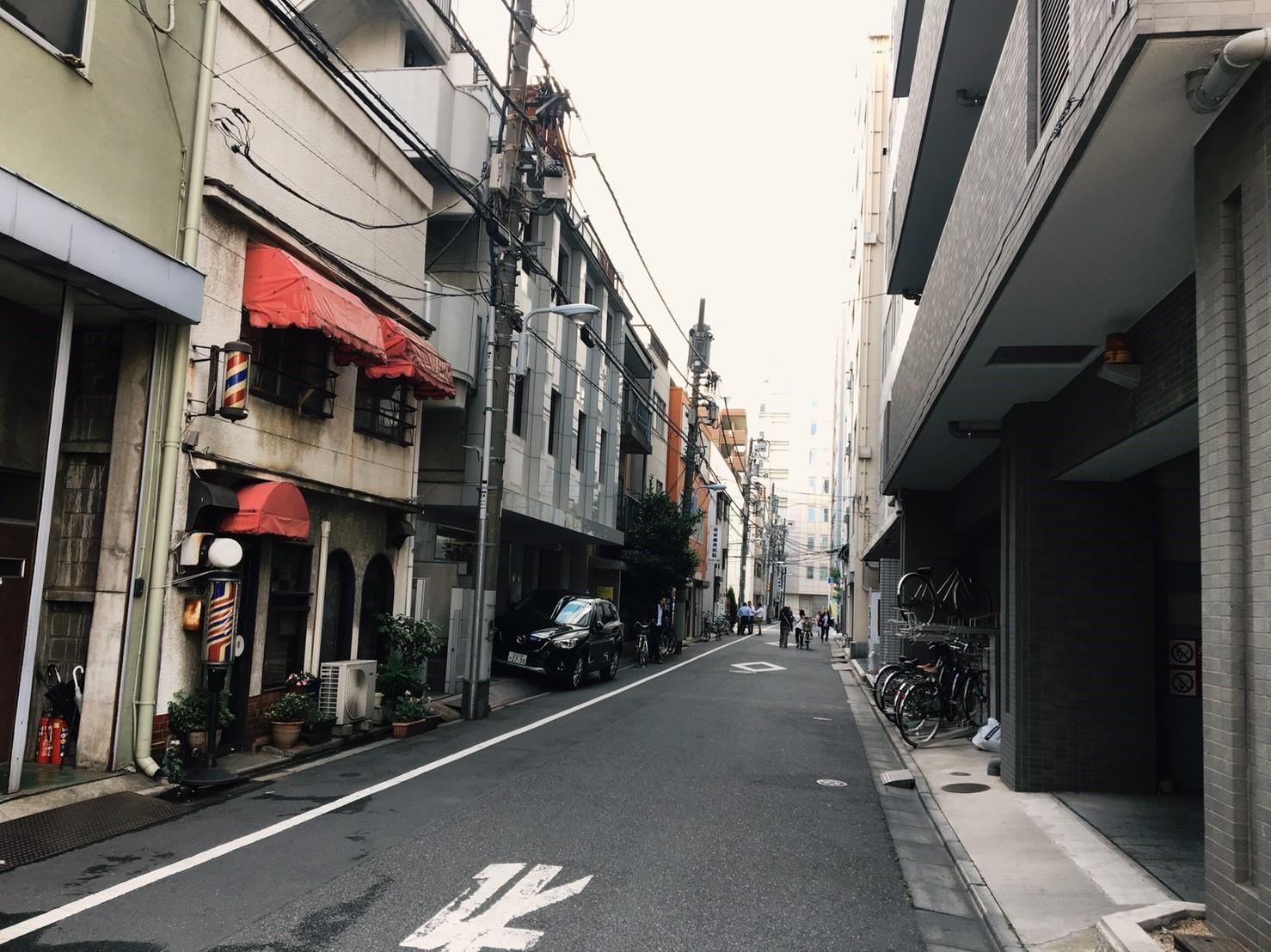 江戸通りから1本入った住宅街