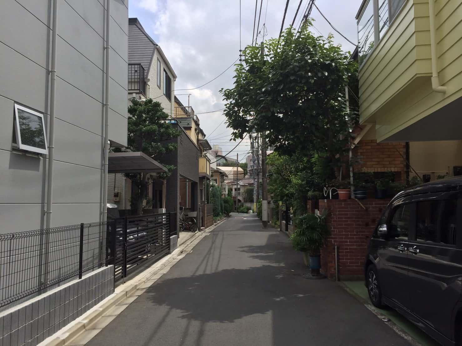 住宅街の一軒家