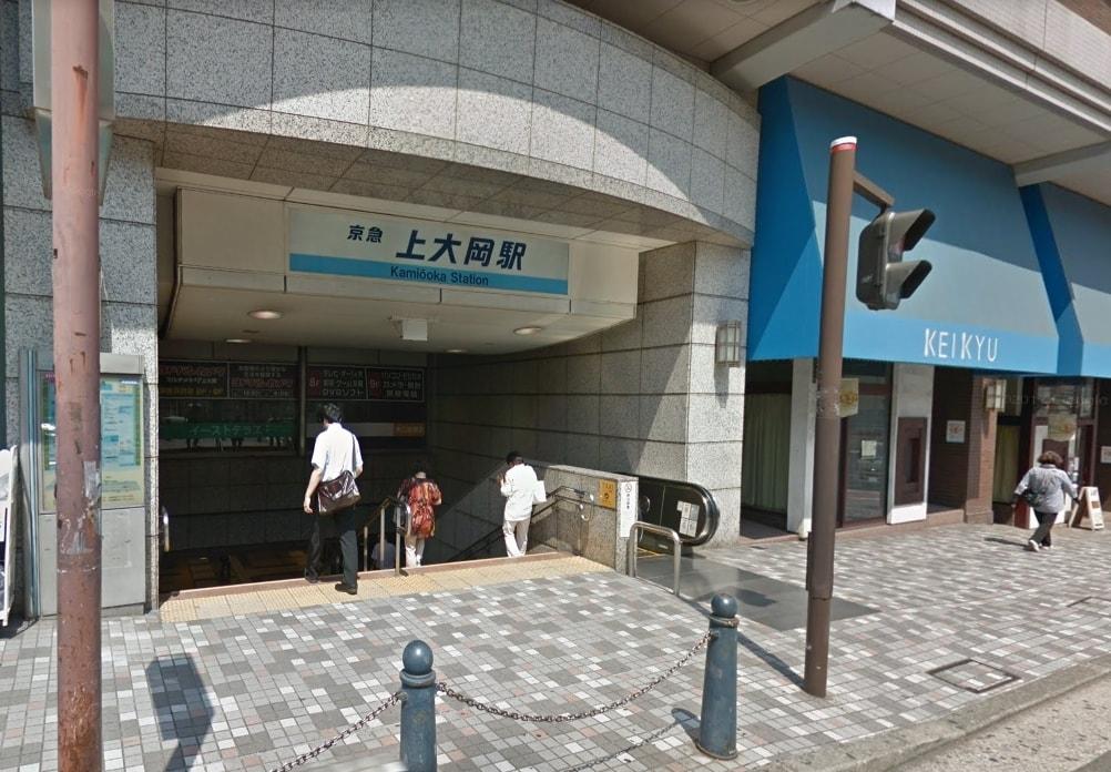 駅の東口側