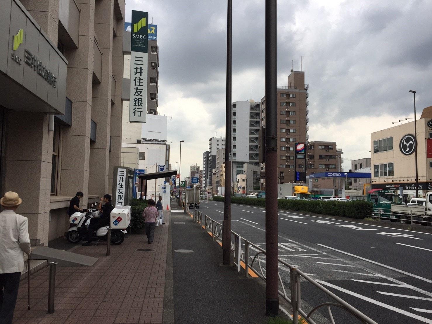 都営浅草線側の駅前