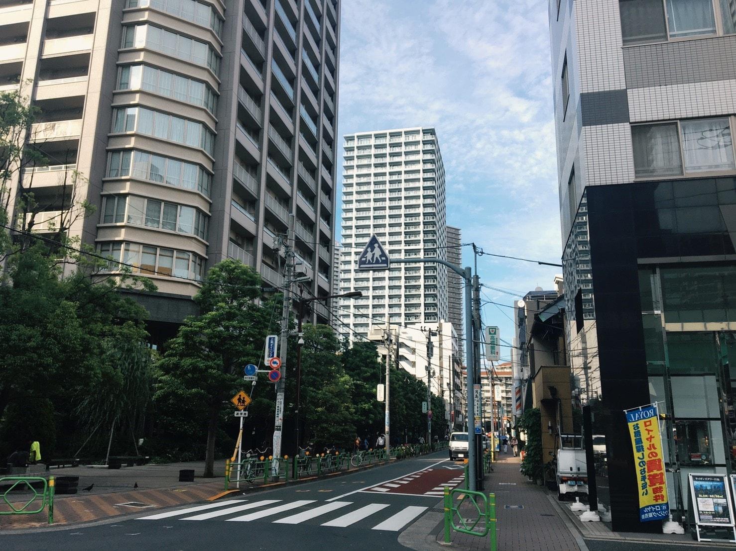 隅田川沿いの高級マンション