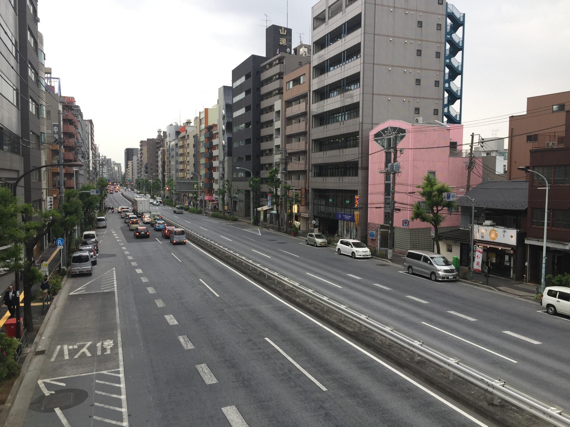 大通り沿いの様子