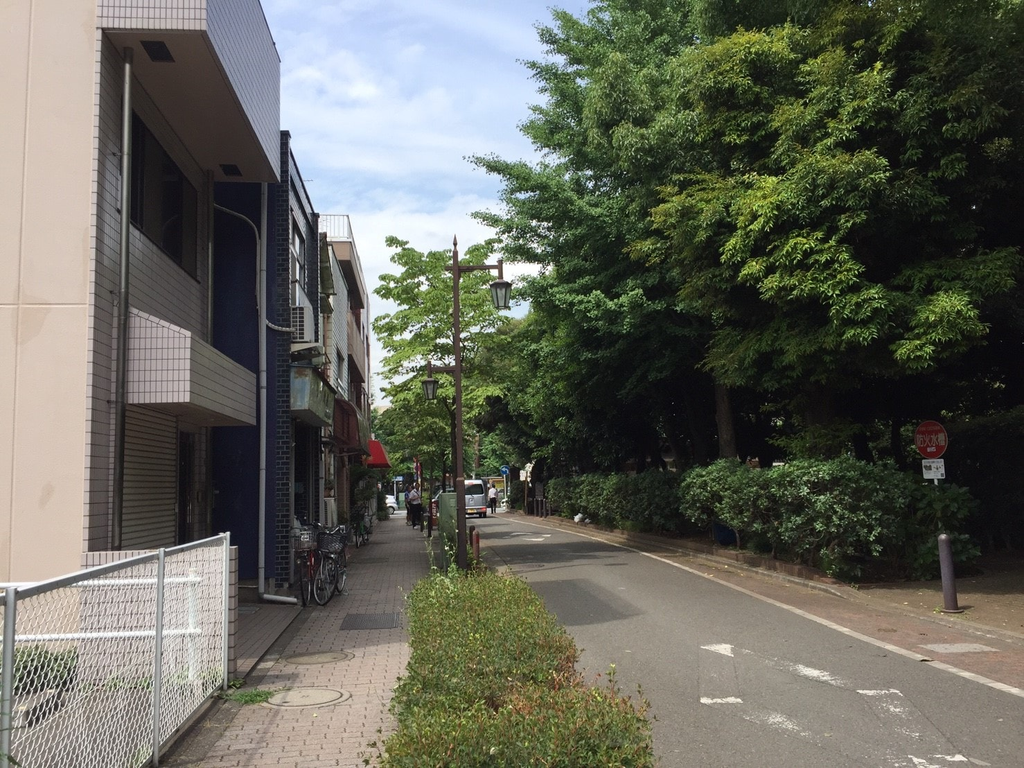 東高円寺の街並み