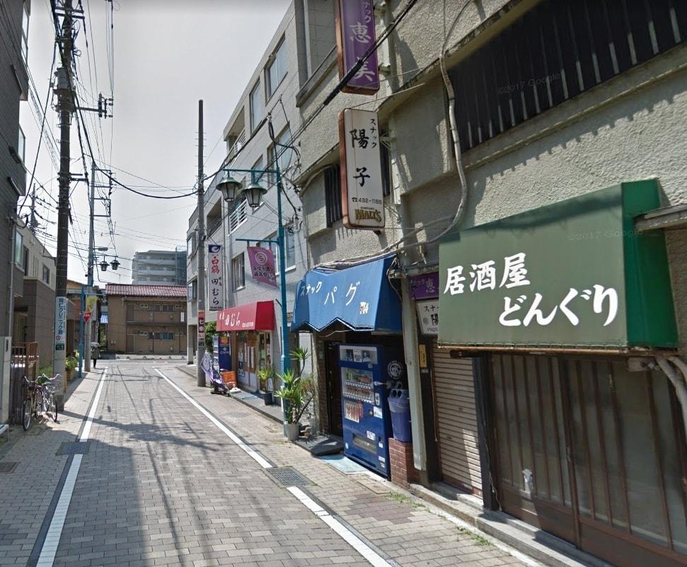 みゆき通り商店街出口付近