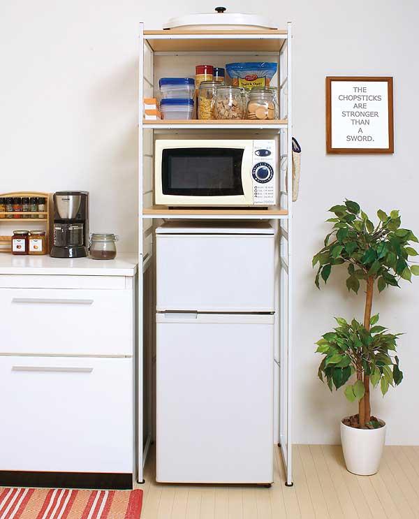 冷蔵庫の上の収納棚