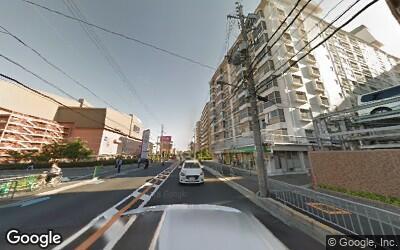 茨木駅からイオンモールへ続く道