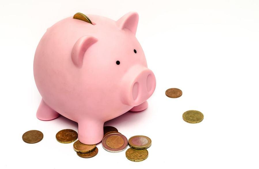 豚さん貯金箱とお金