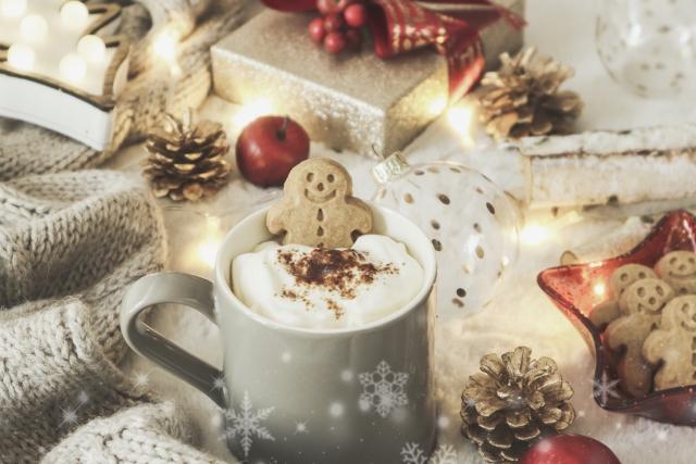 ジンジャークッキーとクリスマスモニュメント