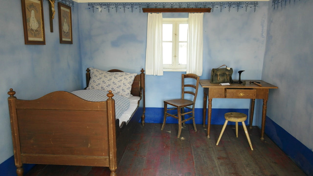 青を基調とした部屋