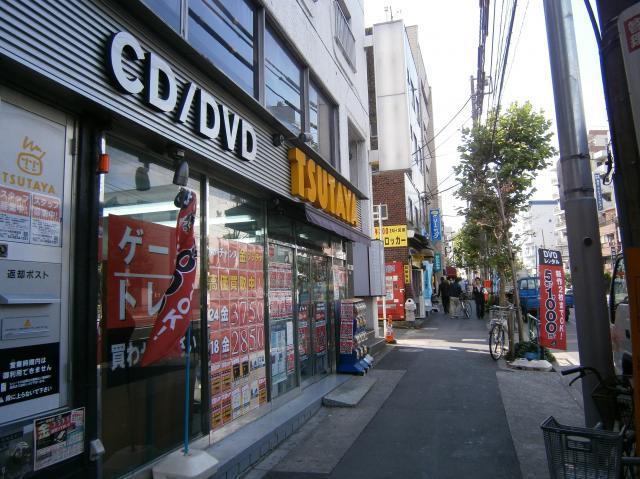 熊野駅近くのレンタルビデオショップ