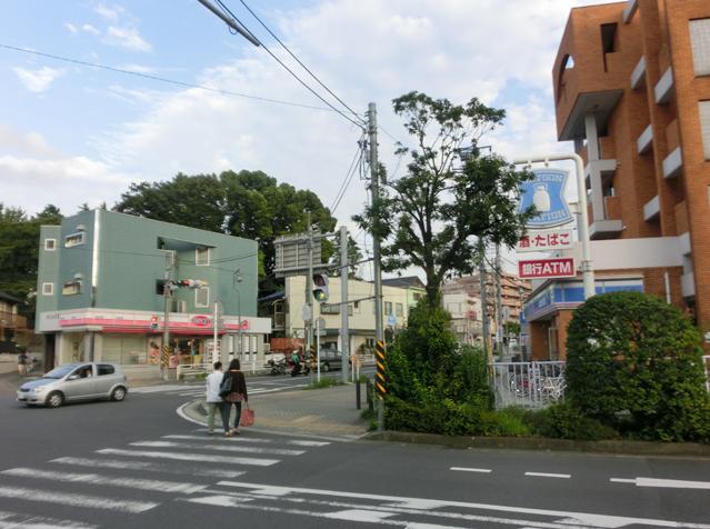 片岡駅前の様子