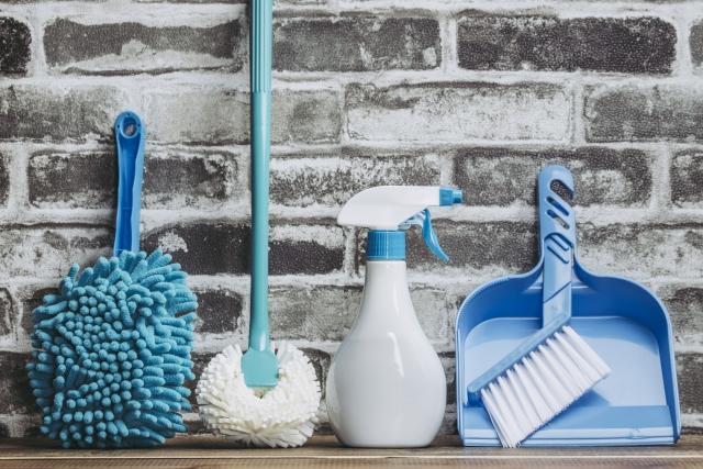 青い掃除用具