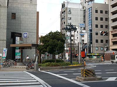 西田辺駅前の風景