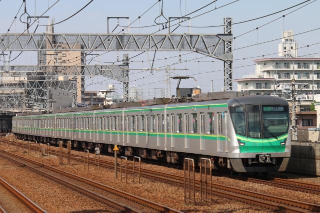 千代田線の車両