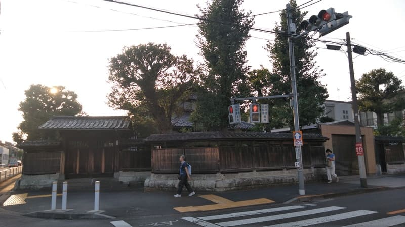 ときわ台駅周辺の豪邸1