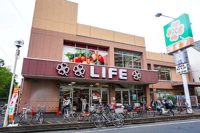ライフ東向島店