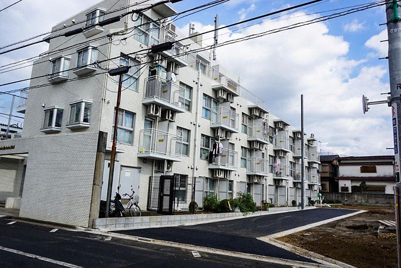 早宮中央通りにあるアパート