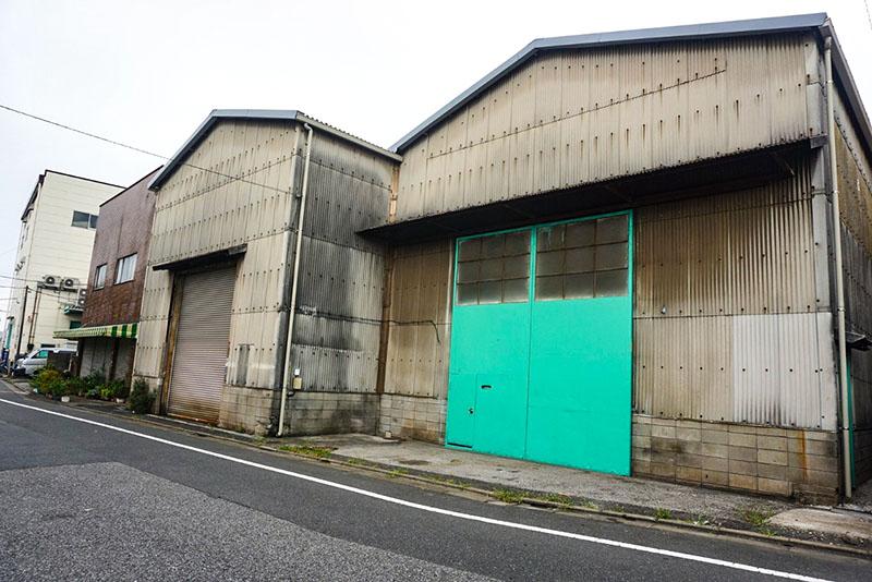 白鬚神社側の工場倉庫