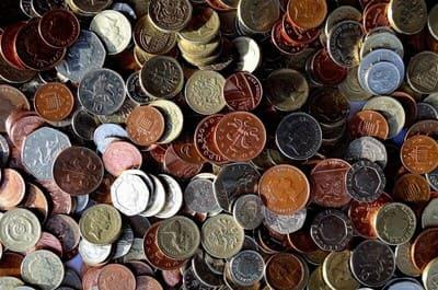 大量のコイン