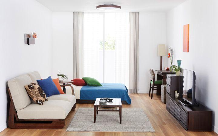 最低限の家具でお部屋を広々使うレイアウト